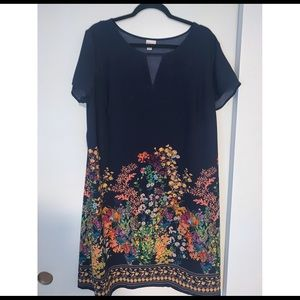 Blur floral dress